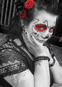 Cosplay-Cover: Dias de los muertos (Red Dress)