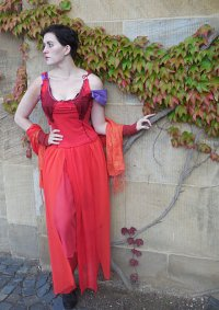 Cosplay-Cover: Fantine (red dress)