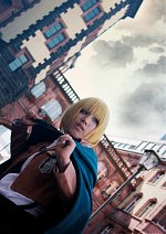 Cosplay-Cover: Armin Arlert [Scouting Legion]