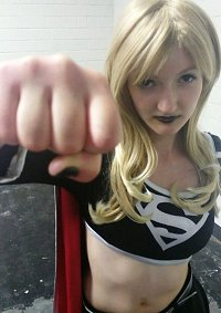 Cosplay-Cover: Supergirl (Evil-Version)