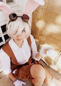Cosplay-Cover: White Rabbit [Steampunk Version]