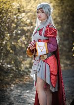 Cosplay-Cover: Light priestess Micaiah/Yune