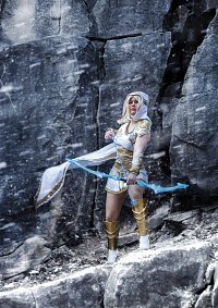Cosplay-Cover: Freljord Ashe