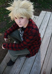 Cosplay-Cover: Katsuki Bakugou [Casual]