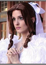 Cosplay-Cover: Aerith Gainsborough (Wedding dress)