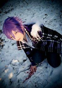 Cosplay-Cover: Natsuno Yuuki ~ Mantelversion