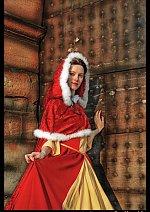 Cosplay-Cover: Belle im Weihnachtskleid (#11)