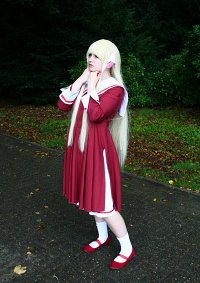 Cosplay-Cover: Chi [Rotes Schulkleid]