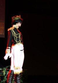 Cosplay-Cover: König Ludwig II von Bayern (schwarze Uniform 2. Ma