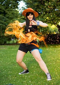Cosplay-Cover: Portgas D. Ace [Female]