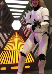 Cosplay-Cover: Luke Skywalker (Stormtrooper-Armour)
