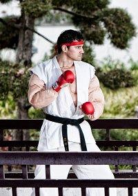 Cosplay-Cover: Ryu [USF IV]