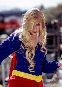 Cosplay-Cover: Supergirl 70s