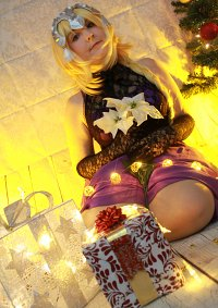 Cosplay-Cover: Jeanne[ChristmasElegant]