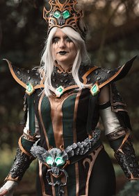 Cosplay-Cover: Dark Confessor Paletress (Project Ebon Blade)