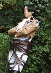 Cosplay-Cover: Levi Ackerman