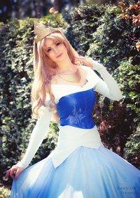 Cosplay-Cover: Aurora (blue dress)