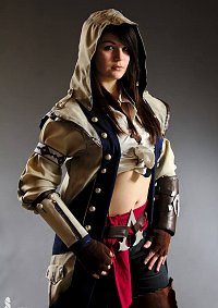 Cosplay-Cover: Female Connor Kenway