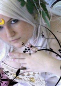 Cosplay-Cover: Neo Queen Serenity   FanArtwork
