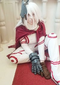 Cosplay-Cover: Shiro as the Wretched Egg