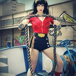 Cosplay: Wonder Woman (Bombshell)
