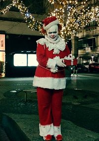 Cosplay-Cover: Pennywise (Christmas)