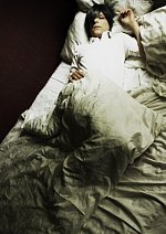 Cosplay-Cover: Ciel Phantomhive [Sleeping Dress]