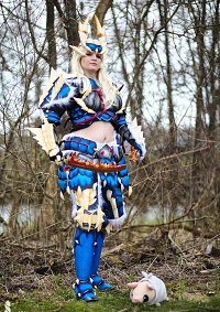 Cosplay-Cover: Jinouga Armor