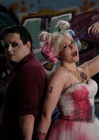 Cosplay-Cover: Harley Quinn (Braut)
