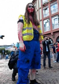 Cosplay-Cover: Operations Zombie