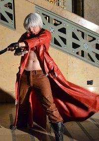 Cosplay-Cover: Dante [Dantes Awakening]