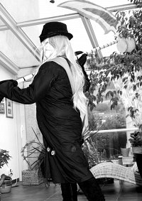 Cosplay-Cover: Undertaker (undy-chan)