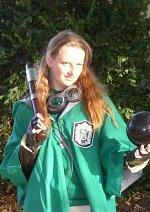 Cosplay-Cover: Slytherin Quidditchspielerin (Sucher)