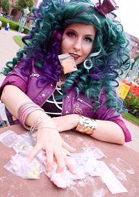 Cosplay-Cover: Madeline Hatter [Ever After Fight]