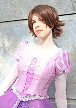 Cosplay-Cover: Rapunzel ~ short brown hair
