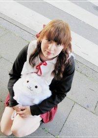 Cosplay-Cover: Mikan Sakura (Winterschuluniform)