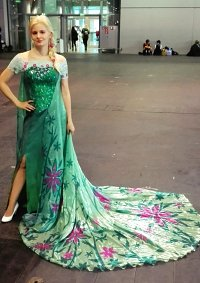 Cosplay-Cover: Elsa (Frozen Fever Version)