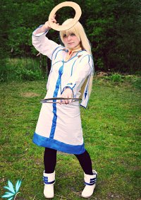 Cosplay-Cover: Colette Brunel - Basic