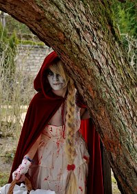Cosplay-Cover: Red Riding Hood ﻬZombieﻬ