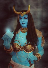 Cosplay-Cover: Jotun Loki (female)