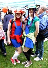 Cosplay-Cover: Luigi (Mario girls FA)