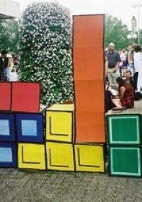 Cosplay-Cover: Oranger Tetris-Stein