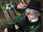 Cosplay-Cover: Ciel Phantomhive (green dress)