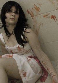 Cosplay-Cover: Aiko Hosho (White dress)