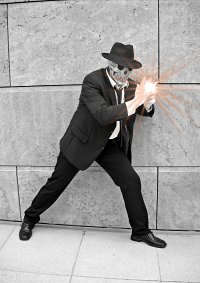 Cosplay-Cover: Skulduggery Pleasant (aus Skulduggery Pleasant)