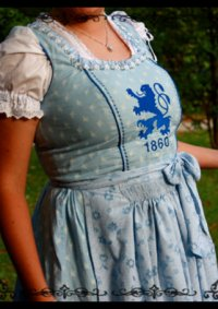 Cosplay-Cover: Sechziger-Dirndl