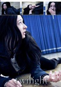 Cosplay-Cover: Bella Swan - Ballettstudio Showdown (Twilight)