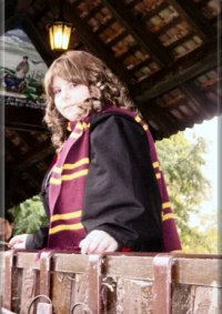 Cosplay-Cover: Hermine Granger GOF