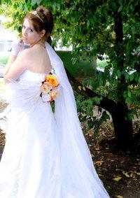 Cosplay-Cover: Yuna (Wedding Dress)