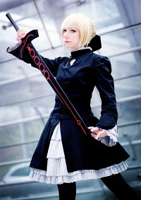 Cosplay-Cover: Saber Alter [セイバー・オルタナティブ] (Hollow Ataraxia)